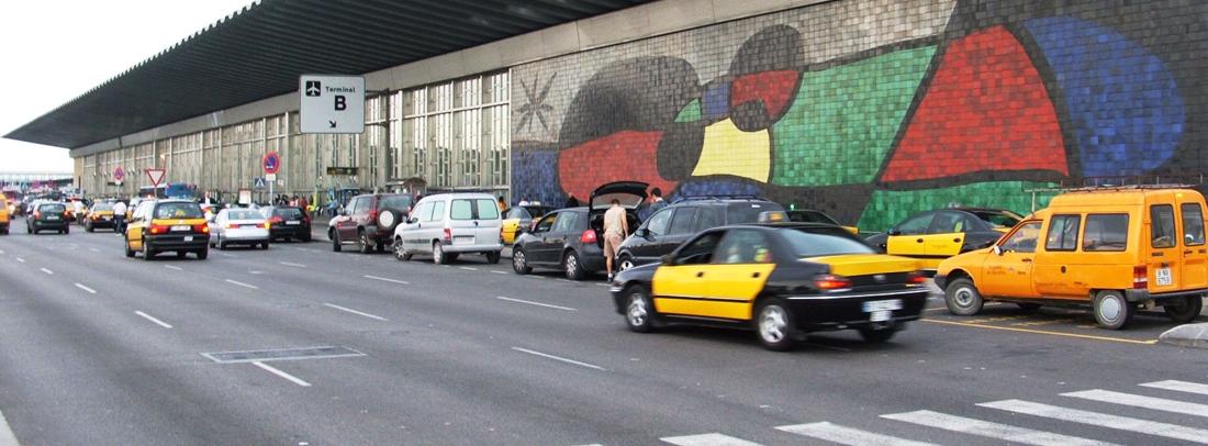 2-trucos-para-aparcar-gratis-en-el-aeropuerto-de-barcelona