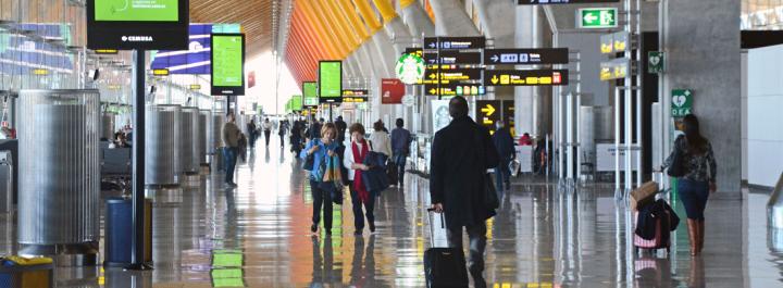 2 trucos para aparcar gratis en el Aeropuerto deBarajas
